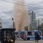 Коммунальная авария вблизи станции метро «Приморская».